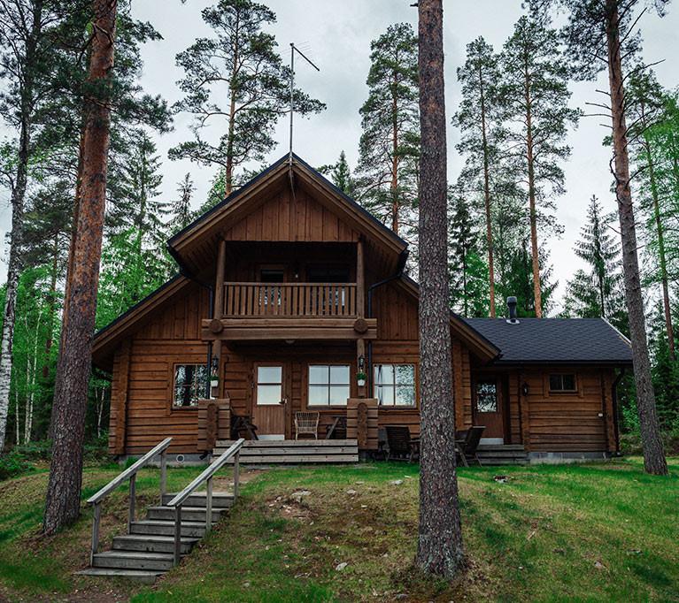 Syväjärvi-vuokramökki sijaitsee Mikkelin Suomenniemellä